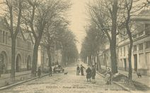 Avenue de Launay |