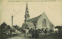 Le Jour du Pardon, procession des Chevaux autour de la Chapelle |
