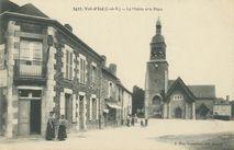 La Mairie et la Place  