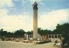 Cimetière où sont enterrés les habitants qui furent massacrés par les Nazis. |