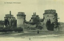 Environs de Jugon - Ruines de la Hunaudaye |