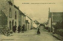 Avenue principale du Bourg pour se rendre au Fort  