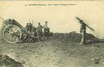 LANDEDA (Finistère).- Four à Soude : Brûlage du Goëmon |