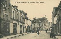 Le haut de la Rue de l'Eglis | Chapeau F.