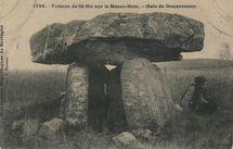 Dolmen de St-Nic sur le Menez-Hom.- (Baie de Douarnenez) |