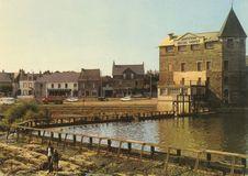 Le Moulin et le quai |