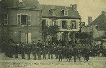 La Musique de l'Ecole Professionnelle de Saint-Michel, donnant un Concert devant la Mairie |
