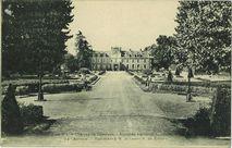 Château de Caradeuc - Ancienne résidence du célèbre procureur général La Chalotais - Appartient à M. le comte R. de Kernier |