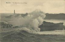 Mer démontée en face le Phare |