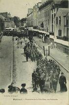 Procession de la Fête-Dieu, rue Nationale |
