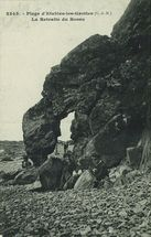 Plage d'Etables-les-Grottes. La Retraite du Bossu |