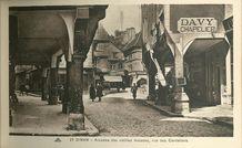 Arcades des vieilles maisons, rue des Cordeliers |