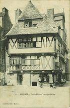 Vieille Maison, place des Halles |
