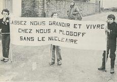 BRETAGNE, février 1980: au cours d'une démonstration contre le projet de centrale nuclaire à Plogoff. | Schurr Jean-Eudes
