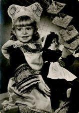 Costume Ancien des Enfants de Pont-Aven   Le GRAND