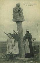 Croix du tumulus de Saint-Michel |