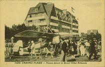 Avions devant le Grand Hôtel Britannia |