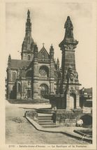 La Basilique et la Fontaine |
