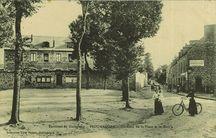 Environs de Guingamp - Un Coin de la Place et de la Mairie |