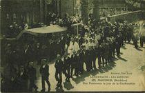 Une Procession le jour de la Confirmation | Bocquenet
