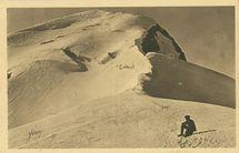 Le Sommet du Mont Blanc (4807m.) vu de la Grande Bosse (entre le Refuge Vallot et le Sommet)  
