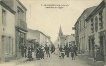 Grande-Rue vers l'Eglise | Chapeau