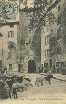 Place et Porte Portaiguières |
