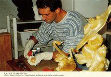 Gildas Darcillon, souffleur de sucre, réalise une pièce montée. | Salaun O.