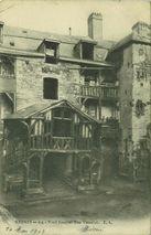 Vieil escalier rue Vasselot |