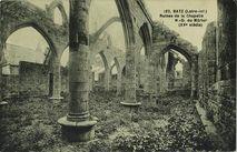 Ruines de la chapelle Notre Dame du Mûrier (XVe siècle) |