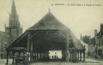 La Vieille Halle et le Clocher de l'Eglise |
