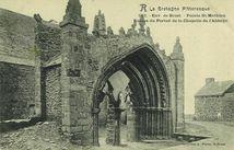 Env. de Brest - Pointe St-Mathieu. Ruines du Portail de la Chapelle de l'Abbaye |