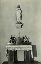 La Chapelle : Autel de la Sainte Vierge |