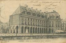 Palais du Commerce et statue Lebastard |