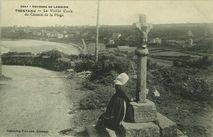Environs de Lannion - TRESTAOU - La Vieille Croix du Chemin de la Plage |