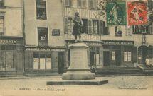 Place et Statue Leperdit |