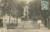 Statue de Pasteur |