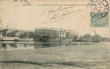 Les Chantiers de Caudan et navires de guerre en construction |