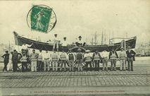 Le canot de sauvetage et son équipage (les sauveteurs Granvillais)  