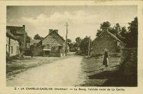 Le Bourg, l'arrivée route de La Gacilly |