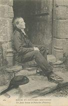 Un Jeune homme de Pluherlin (Finistère) |