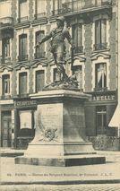 Statue du Sergent Bobillot, Bd Voltaire |