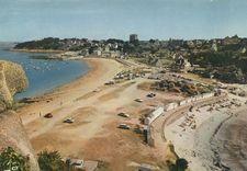 Les deux plages vues du Castel  