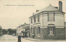 L'Avenue de la Gare et la Poste |