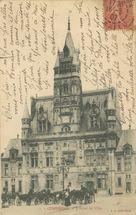 L'Hôtel de Ville |