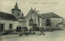 Eglise et Monuments aux Morts |