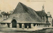 Les Anciennes Halles démolies en 1905