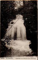 Cascade du Moulin du Chesnay |