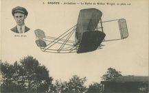 Le Biplan de Wilbur Wright, en plein vol |