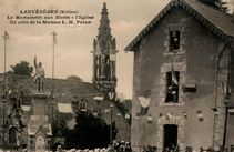 Le Monument aux Morts L'Eglise Un coin de la Maison L.M. Péron |